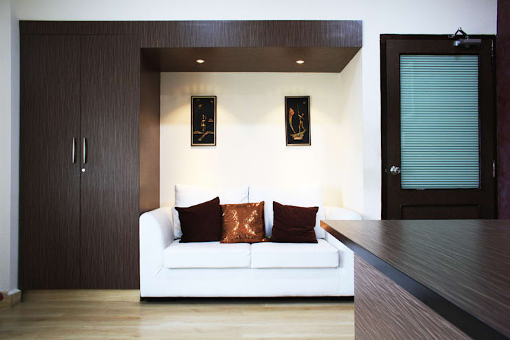 Office interiors @ Perungudi..:  Commercial Spaces by Ashpra Interiors