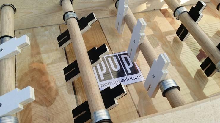 Voetbaltafel:   door Pop up Pallets