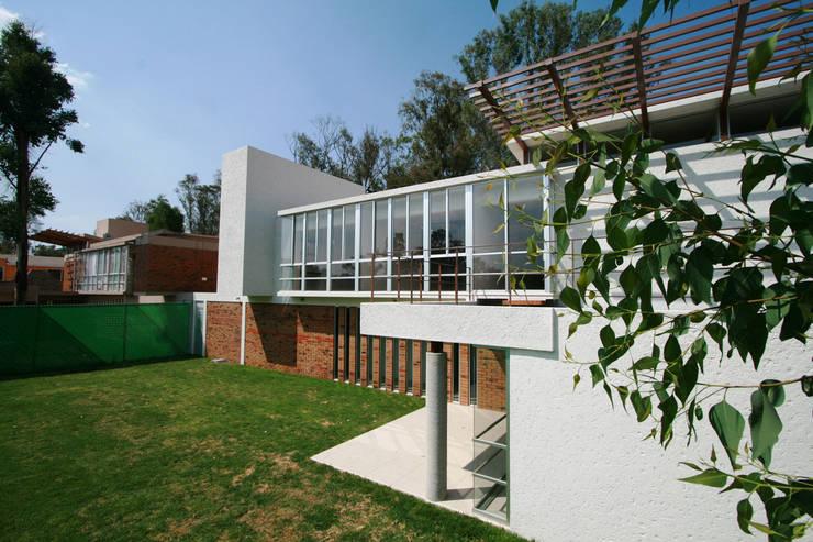 Casa Bosques 1 - RIMA Arquitectura Casas modernas de RIMA Arquitectura Moderno
