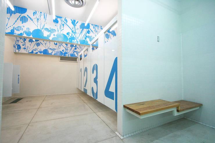 Saniter - RIMA Arquitectura: Baños de estilo  por RIMA Arquitectura