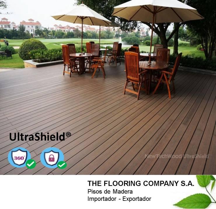 Paredes y suelos de estilo  por THE FLOORING COMPANY S.A