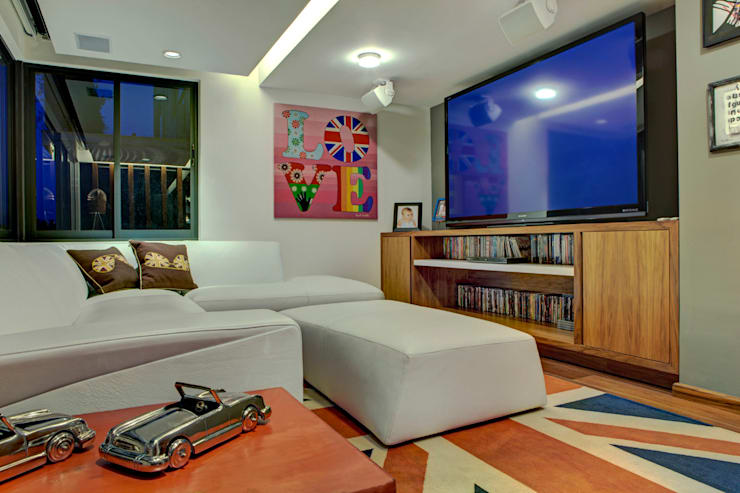 Living room by RIMA Arquitectura,