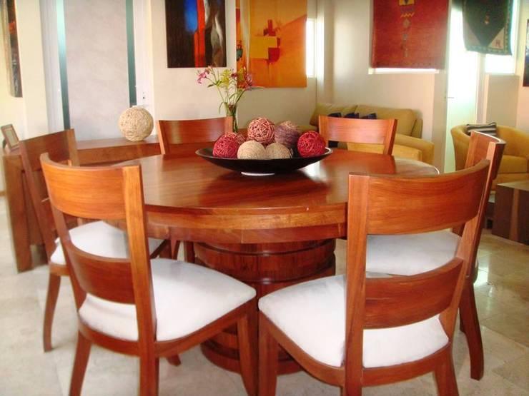COMEDOR REDONDO: Comedor de estilo  por EL DIVÁN Arquitectura & Diseño de Interiores