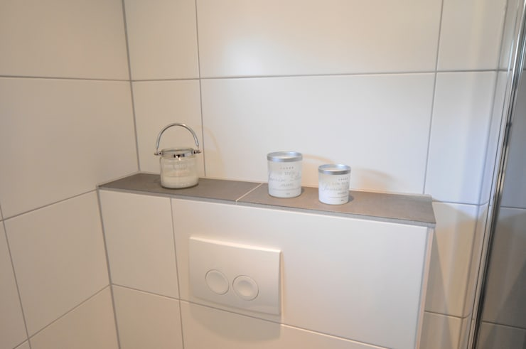 badkamer accessoires in Heerhugowaard:  Badkamer door AGZ badkamers en sanitair