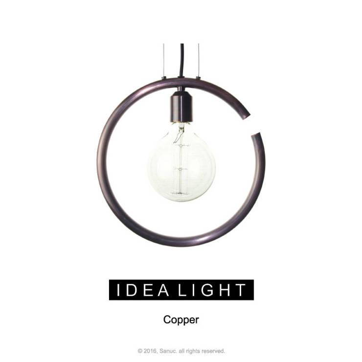 IDEA LIGHT Pendant_Copper Bronze: SANUC의  복도, 현관 & 계단