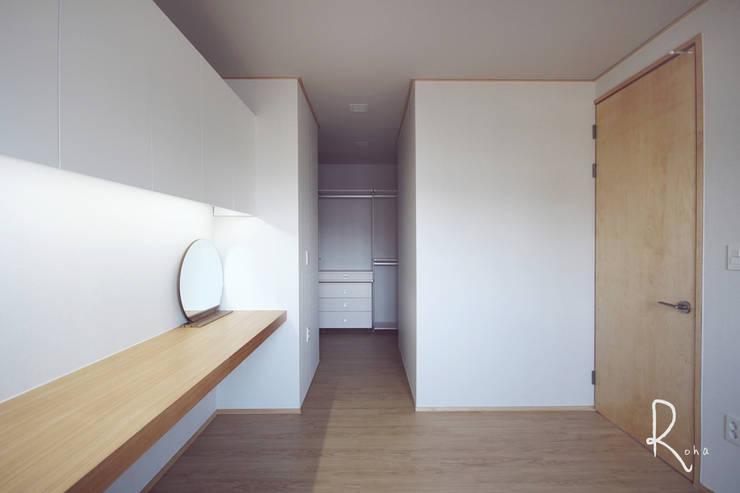 臥室 by 로하디자인