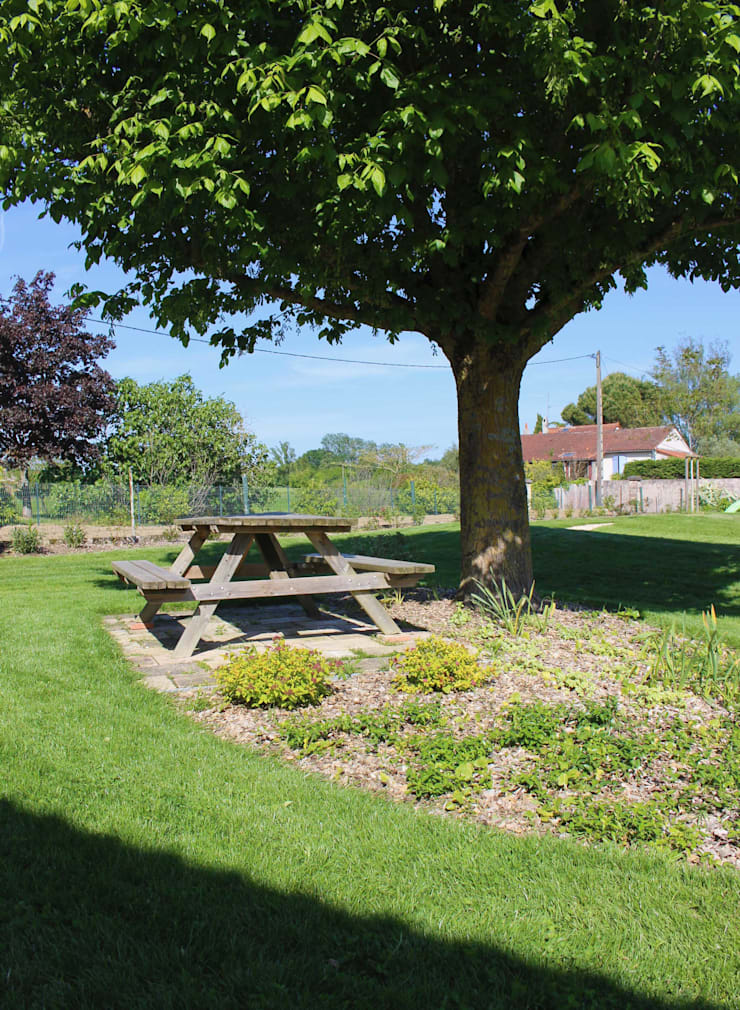 Pique nique au jardin Jardin rural par Constans Paysage Rural