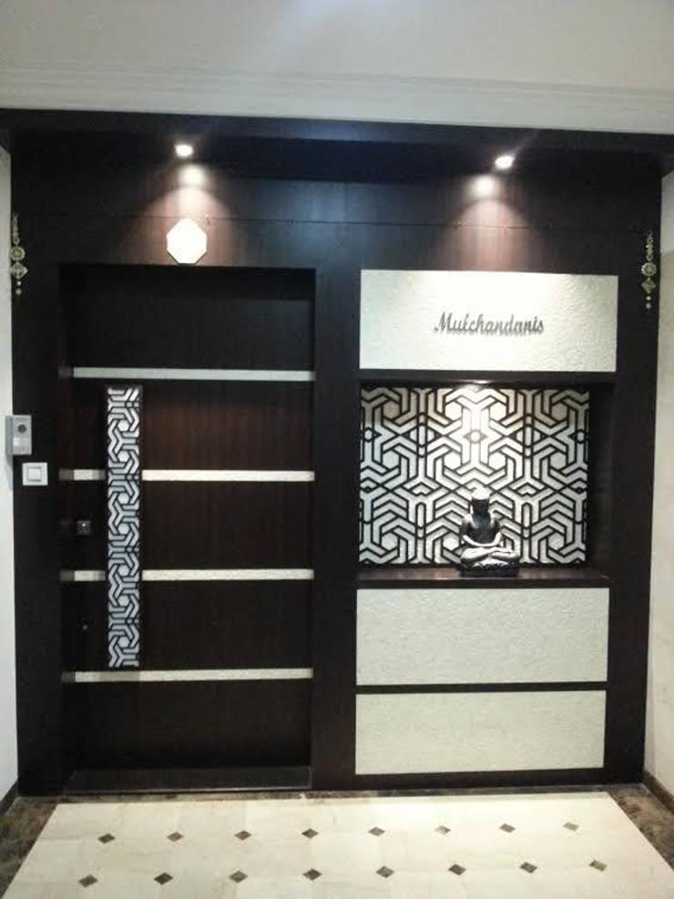 enterance :  Living room by NCA  naresh chandwani & associates,Modern MDF