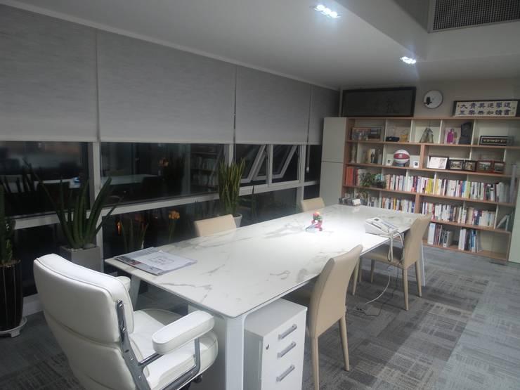 Office buildings by 디자인 컴퍼니 에스, Modern