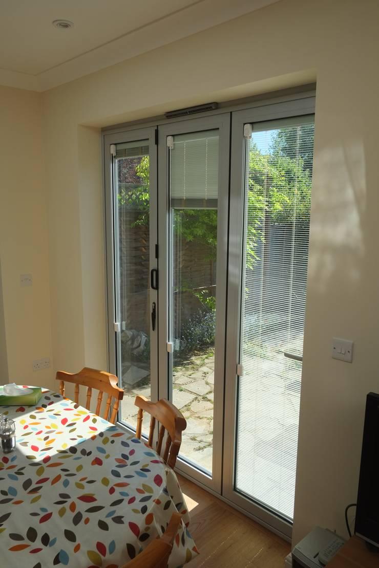 Fenster von London Building Renovation, Modern Aluminium/Zink