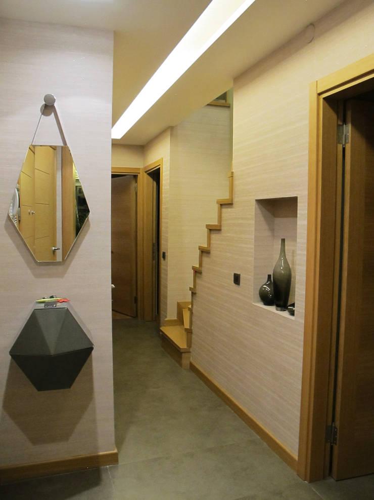 dga – Kınalıada'da bir Ev: modern tarz , Modern Ahşap Ahşap rengi