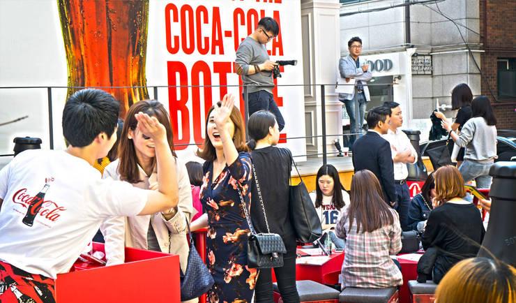 Coca-cola 100 years popup-store: (주)팀웍디자인의  전시장