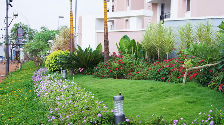 Trendset Nanakramguda:  Commercial Spaces by iammies Landscapes