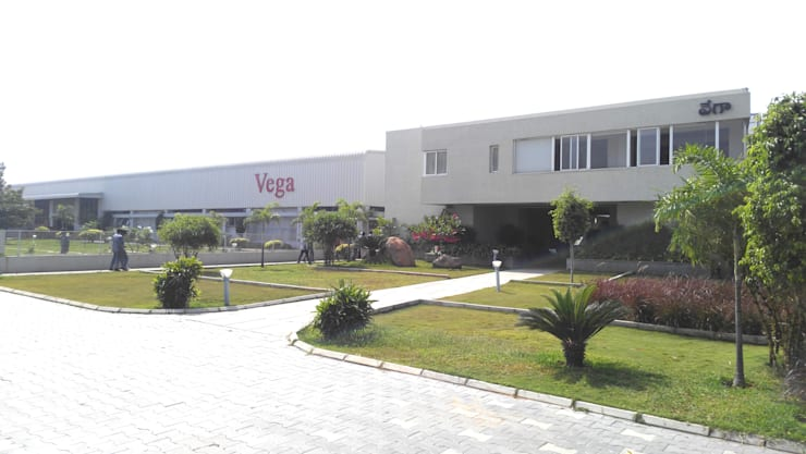 Vega Conveyors and Automation Ltd.:  Office buildings by iammies Landscapes,Minimalist