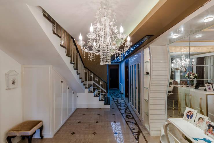 Corridor & hallway by Mimoza Mimarlık