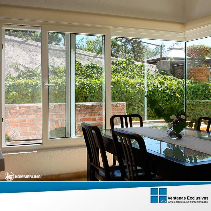 Sistemas Correderos: ventana corrediza: Hogar de estilo  por Ventanas Exclusivas Guadalajara