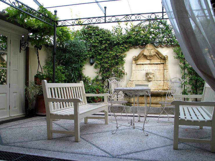 Tерраса в . Автор – Studio Zavaglia e Oriani architetti