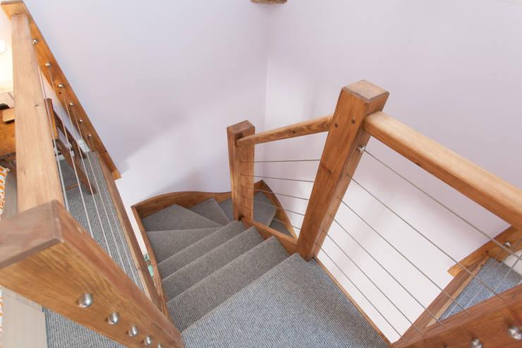 Коридор и прихожая в . Автор – Hampshire Design Consultancy Ltd.