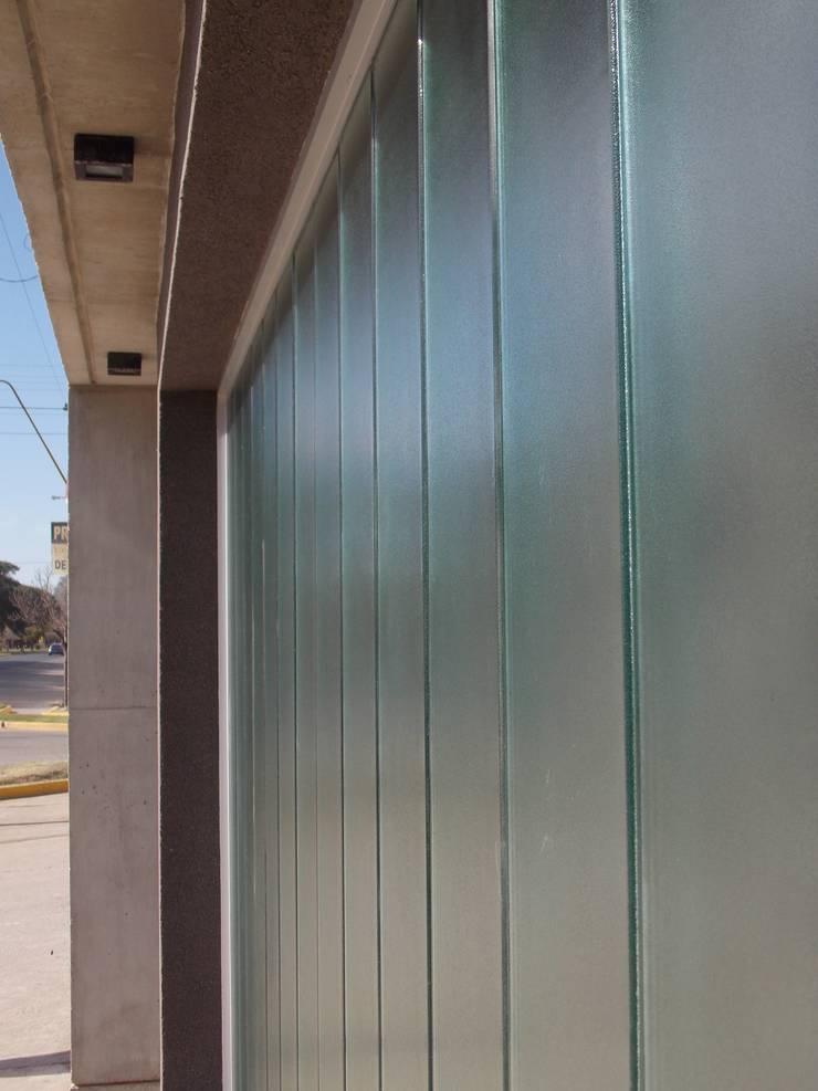 Arbeitszimmer von Raizar Arquitectura y Paisajismo, Modern Glas