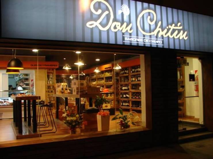 Don Chitin - Sabores de Campo: Oficinas y locales comerciales de estilo  por Raizar Arquitectura y Paisajismo,