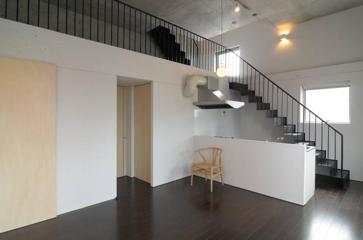 株式会社長野聖二建築設計處의  거실