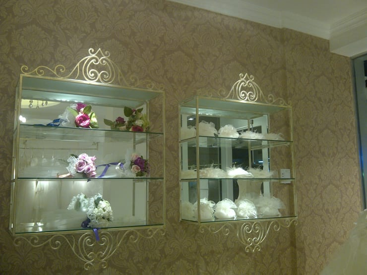 YASEMİN ALTINOK MİMARLIK – Danjel Wedding Mağaza Dekorasyonu:  tarz , Akdeniz