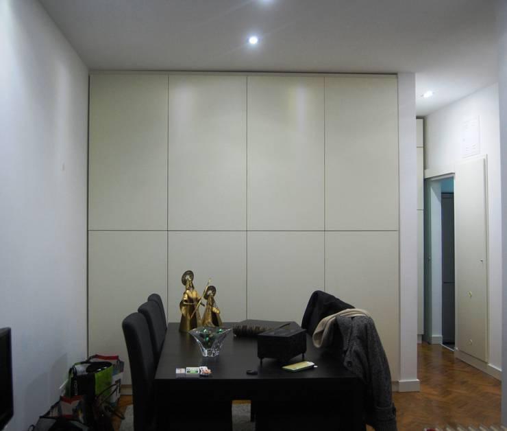 Sala antes da pintura personalizada: Sala de jantar  por Atelier Dream Project