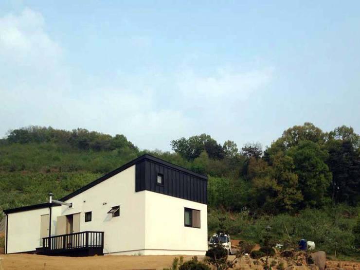충주 주택: 스투디오 테이크의  주택