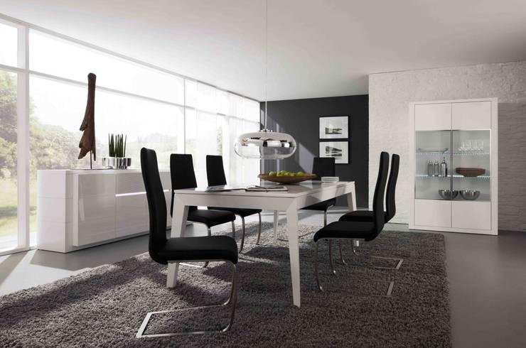 Mobiliário de Salas de jantar Dining Room Furniture www.intense-mobiliario.com  Aragon3 http://intense-mobiliario.com/pt/salas-de-jantar/8561-sala-de-jantar-aragon-a3.html: Sala de jantar  por Intense mobiliário e interiores;
