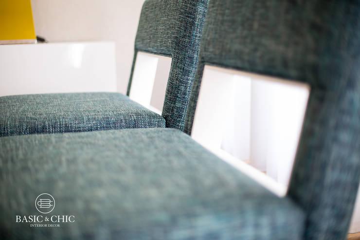 Sala de Estar: Sala de estar  por Basic & Chic