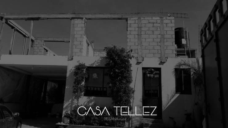Ampliacion Casa Tellez: Casas de estilo  por Besana Studio