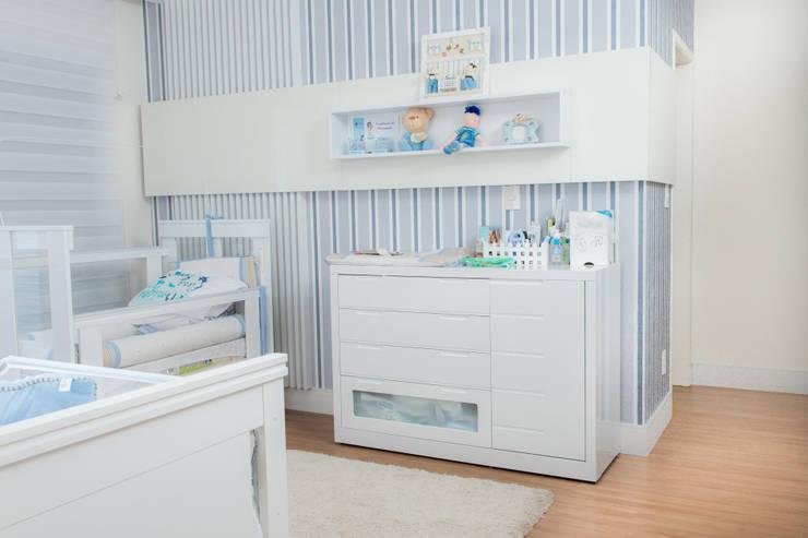 Recámaras infantiles de estilo moderno por Camila Castilho - Arquitetura e Interiores