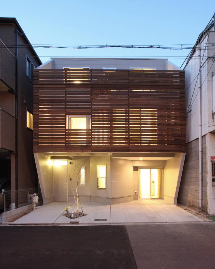 Rumah oleh atelier m
