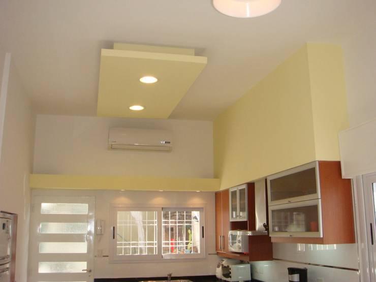 Kitchen by Somos Arquitectura