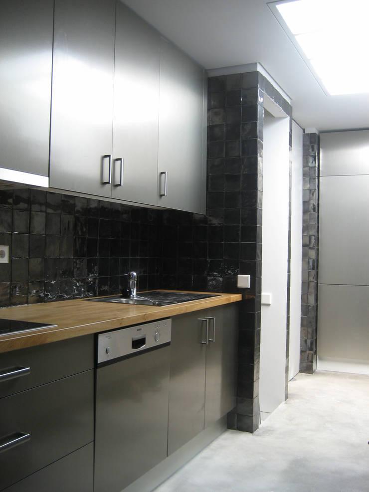 Cozinha: Cozinhas  por GRAU.ZERO Arquitectura
