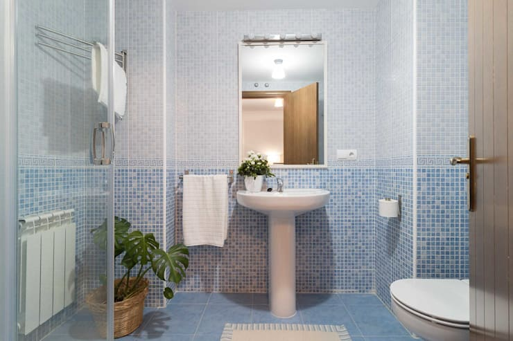 Baños de estilo escandinavo por Become a Home