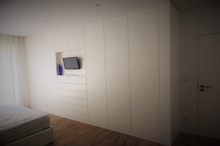 Dormitorios de estilo  por Jesus Correia Arquitecto