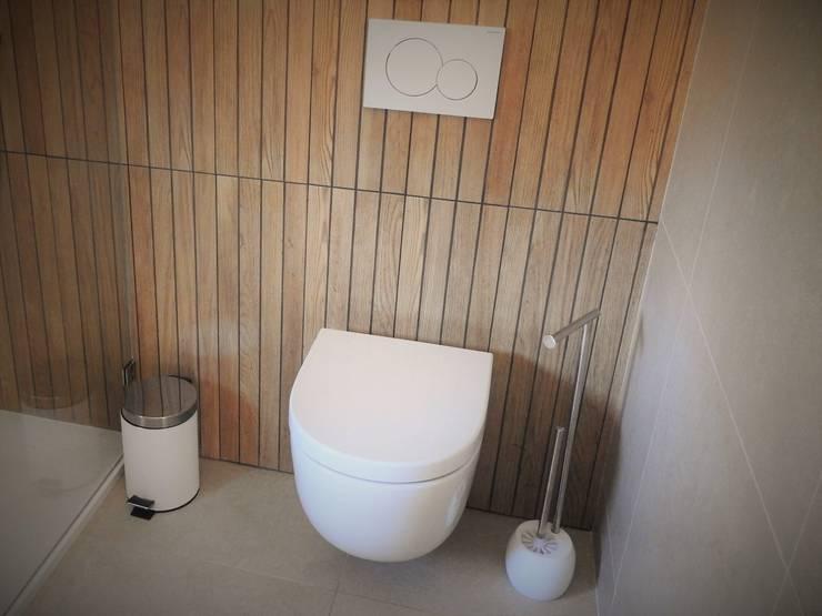 Baños de estilo  por Jesus Correia Arquitecto