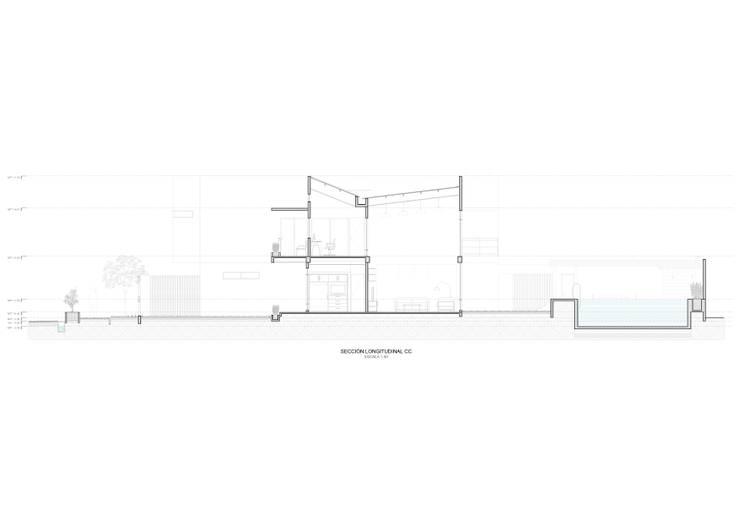 Sección longitudinal:  de estilo  por John Robles Arquitectos