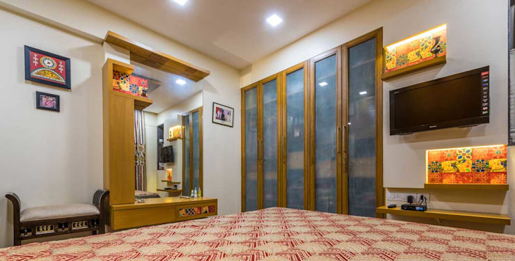 Master bedroom: classic Bedroom by iSTUDIO Architecture