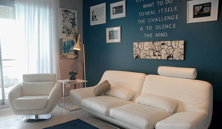 Estilo Pilar - Griscan Diseño / Iluminación: Livings de estilo moderno por Griscan diseño iluminación