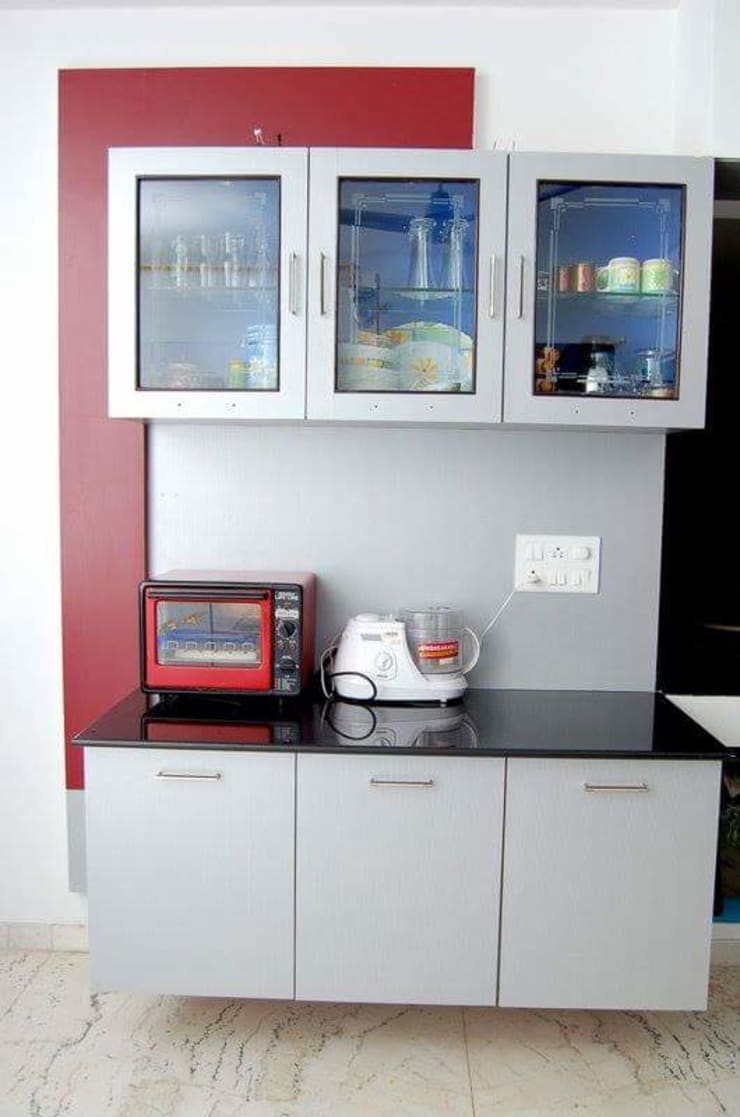 Kitchen & Wadrobes: country  by Womenz Modular Designers Private Limited,Country MDF