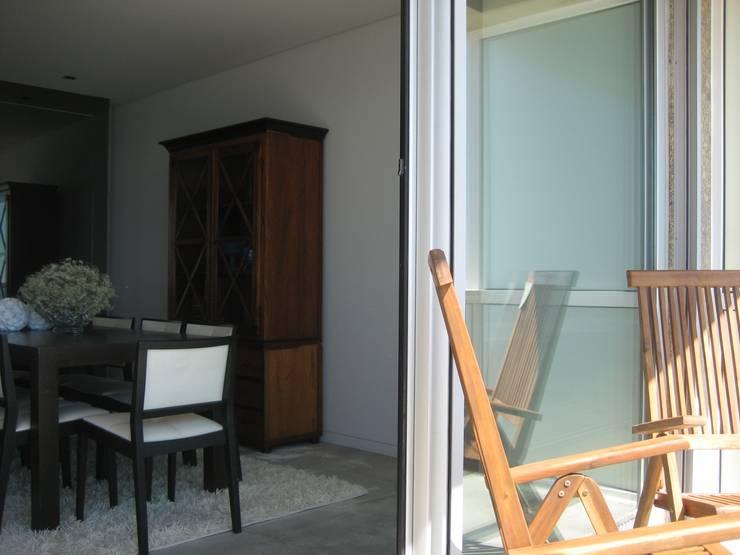 Varanda e Sala: Terraços  por GRAU.ZERO Arquitectura