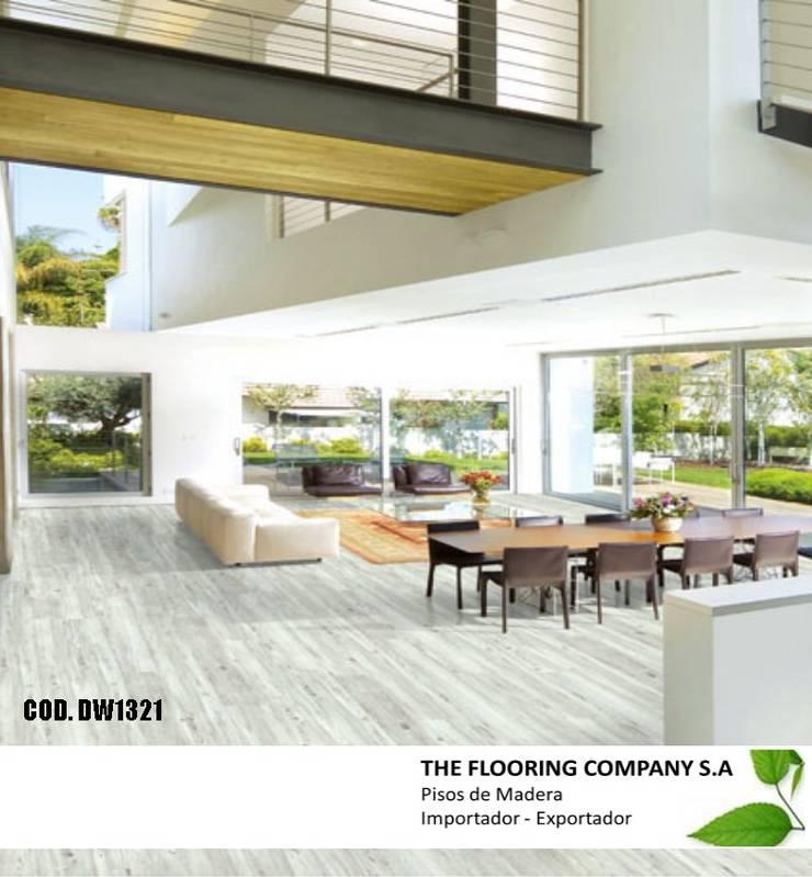 LUXURY VINYL FLOOR 5mm  SISTEMA - CLICK: Paredes y pisos de estilo  por THE FLOORING COMPANY S.A