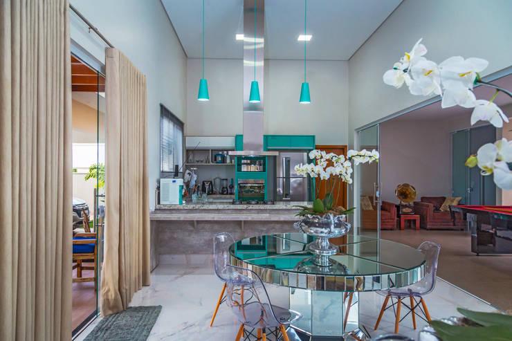 Cocinas de estilo  por Daniele Galante Arquitetura