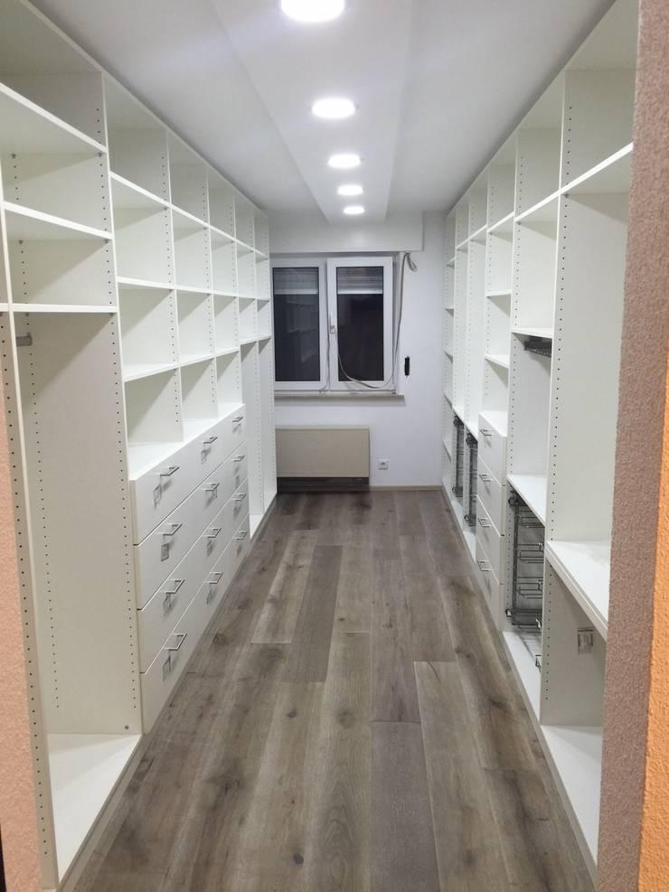 Begehbarer Kleiderschrank Ankleidezimmer Von Schrankwerk