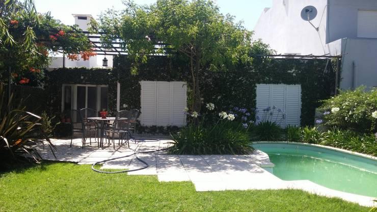 classic Garden by milena oitana