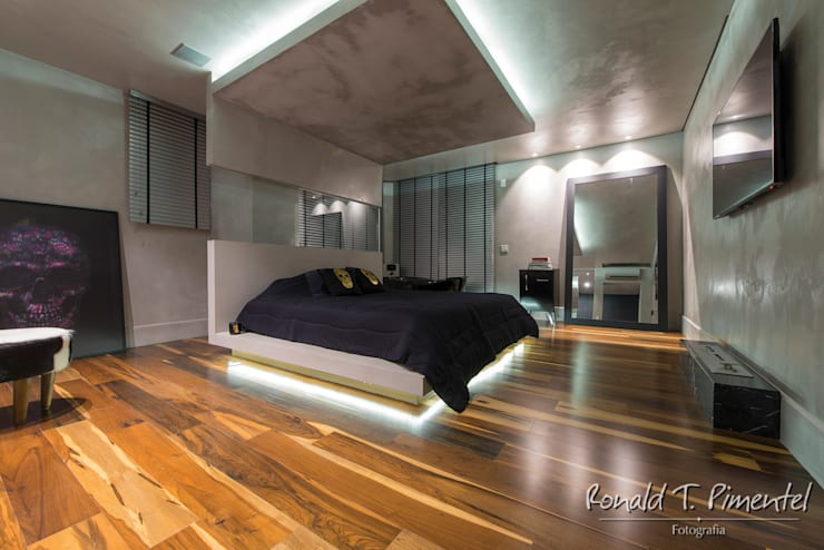modern Bedroom by Ronald T. Pimentel Fotografia