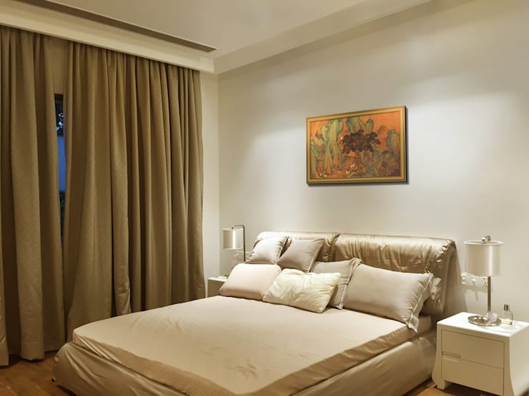 bedi residence:  Bedroom by 23DC Architects