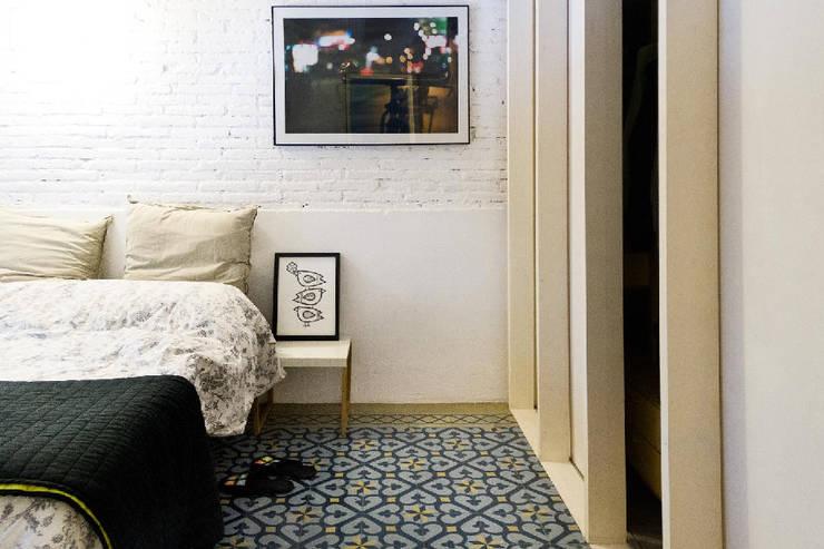 apartamento juan: Dormitorios de estilo  de vora